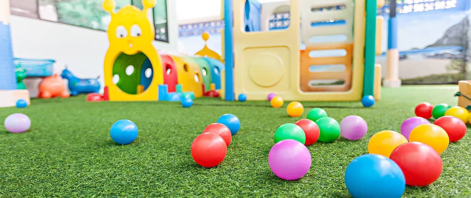 03 Ignis Fireproof Grass For Playgrounds 1500x630px 150dpi